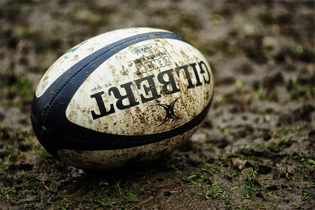 rugby_pallone_fango